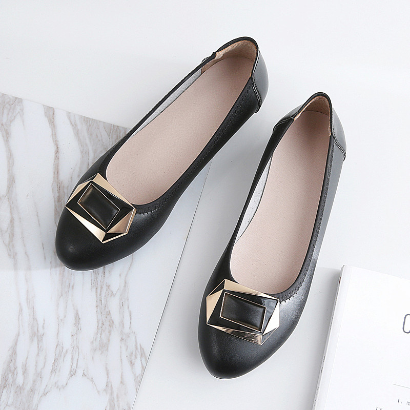 Women Flats Genuine Leather Slip On Boat Shoes Loafers Flat Heel Casual Flats Spring Autumn Flats Point Toe Metal Decoration spring shoes women flat heel round toe casual comfort flats pregnant loafers slip resistance low heels all match