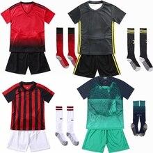 الأطفال مجموعات أزياء كرة قدم الفتيان والفتيات الرياضة الاطفال الشباب التدريب الدعاوى فارغة مخصصة طباعة كرة القدم مجموعة مع الجوارب