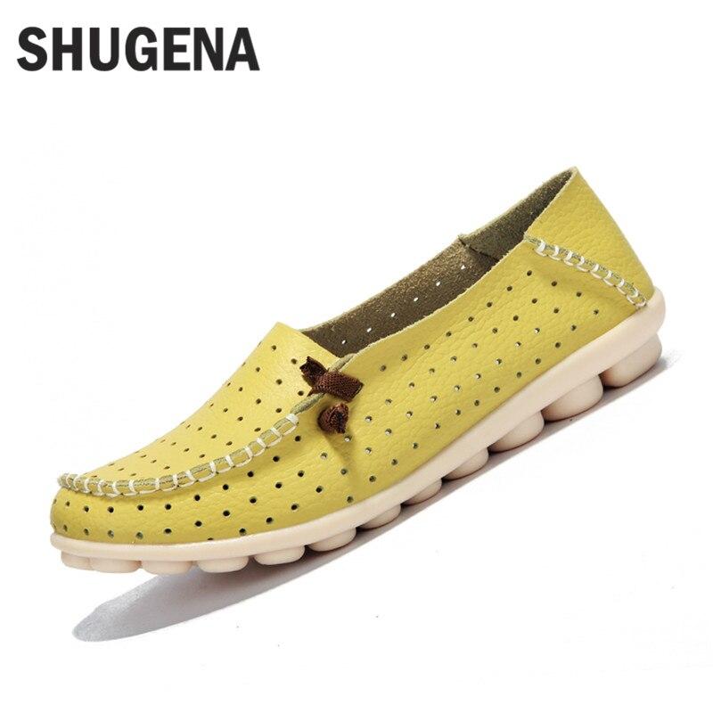cc1fb29a2573c Un Véritable d été en cuir femmes appartements chaussures plates  occasionnels femelles chaussures femmes mocassins chaussures glisse en cuir  souple rouge ...
