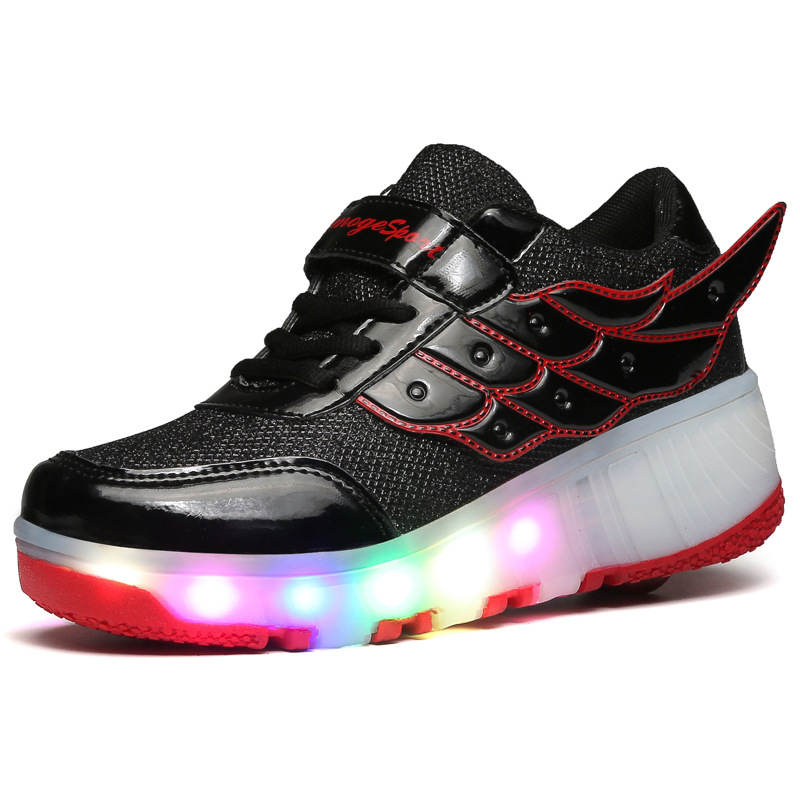 2019 Children LED Roller Skate Shoes With One/Two Wheel Lights Up Glowing Black Pink Kids heelies Zapatillas Zapatos Con Ruedas 2019 Children LED Roller Skate Shoes With One/Two Wheel Lights Up Glowing Black Pink Kids heelies Zapatillas Zapatos Con Ruedas