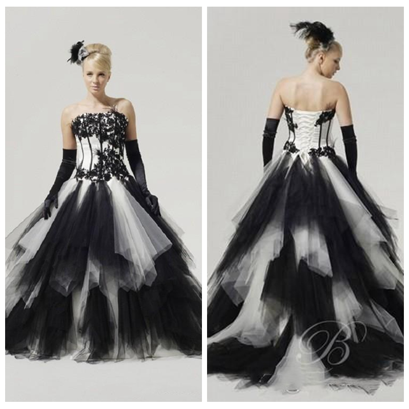 Custom made robe de mariee tulle tiered black and white for Vintage gothic wedding dresses