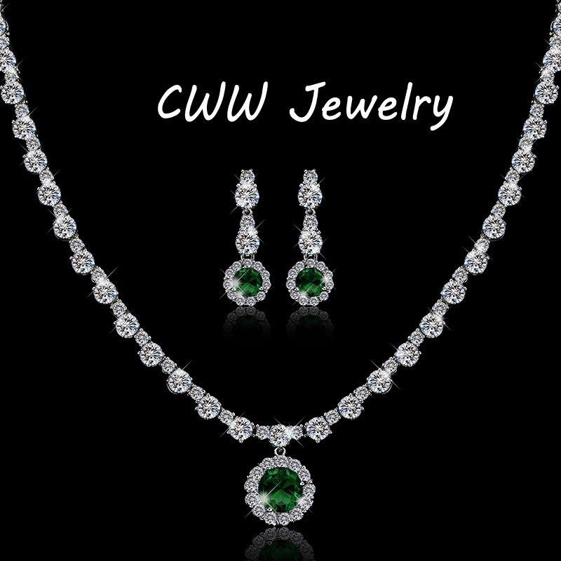 modern design gorgeous round white cz diamond and green