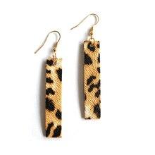 Hot Selling Classic Leopard Print Pu Leather Rectangle Dangle Earrings Bohemia Statement Vertical Bar Ear