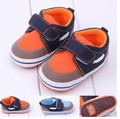 2014 promoción 1 par exterior zapatos de bebé primeros caminante de suela suave, antideslizantes niño del bebé / zapatos de la muchacha, calidad estupenda Infant / calzado Toddle
