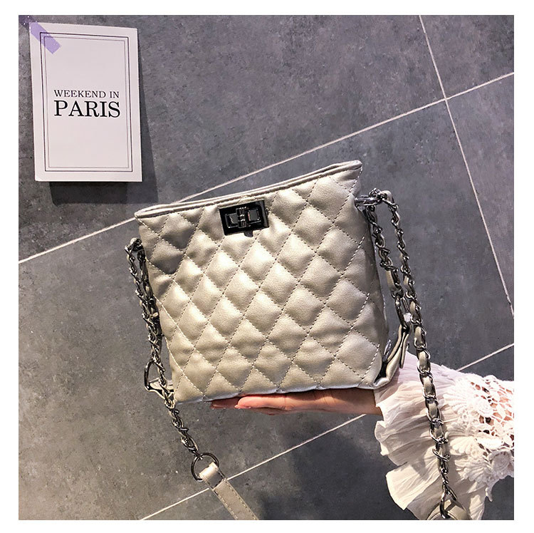Quilted Shoulder Bag Diamond Lattice Messenger Bag for Women Crossbody Purse Yellow Black White Silver 1805
