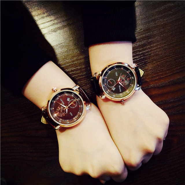 Couple Watches Fashion Retro Design Women Watches New Fashion Quartz Hot Relogio