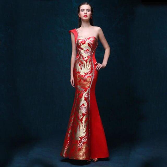 f7e78a98e0ec75 Een Schouder Jurk Avondjurken Rode Qipao Cheongsam Traditionele Chinese  Jurk Robe Chinoise Moderne Vrouwen Oosterse Aangepaste