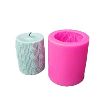 Linie kształt cylindra foremka na świece 3D Knitting wełna Cylinder świeca silikonowa formy kremówka narzędzie do ciasta DIY mydło wyrabiane ręcznie Making tanie i dobre opinie Lines Cylinder Silicone 7*7*8cm FW-SM9224 -40F to +446F(-40c to +230c) Lines Cylinder Knitting Wool Cylinder Fondant Cake Tool
