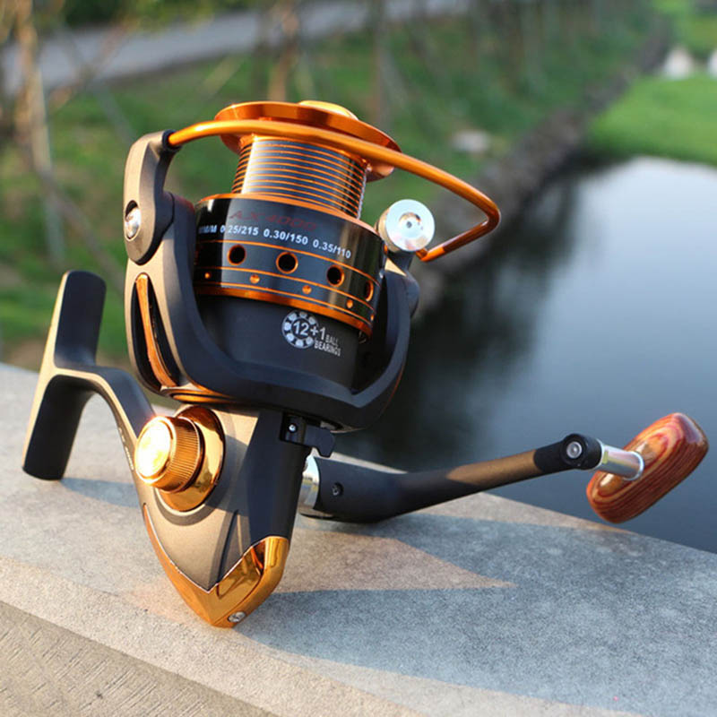 Spinning Fishing Reel 12BB + 1 Bæreboller 500-9000 Series Metal Spole Spinning Reel Boat Rock Fishing Wheel