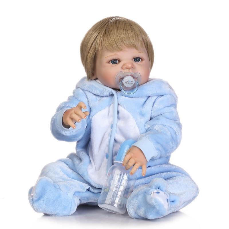 클래식 57 cm 수제 전체 실리콘 비닐 다시 태어난 아기 소년 인형 블루 인형 옷 세트 갈색 인형 인형 가발 아이 선물로-에서인형부터 완구 & 취미 의  그룹 2