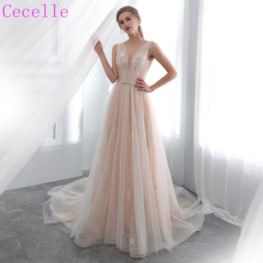 Informal Wedding Gowns: 2019 New Champagne Lace Tulle Bohemian Wedding Dress Low