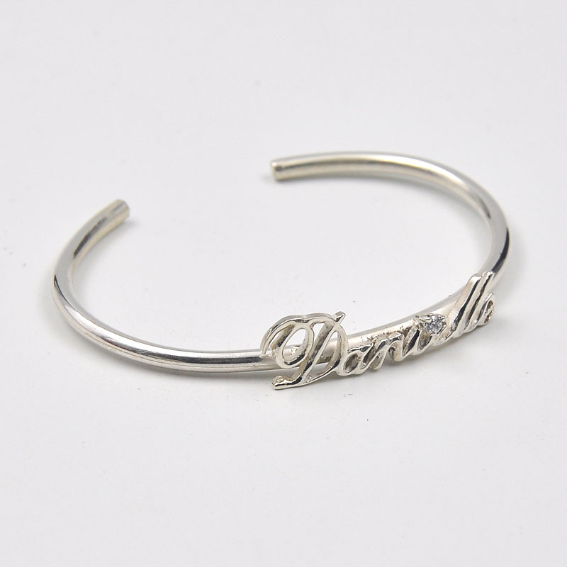 Wholesale Sterling Silver Nameplate Bangle Custom Name Cuff Bangle Personalized Bracelet with Crystal Mom Gift victorian crystal wonderland cuff bangle bracelet ruby red