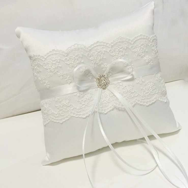 Sweet Style White Bow-knot Ring Pillow Lace + Ribbon + Rhinestone Wedding Bridal Ring Pillow Wedding Decoration Supplies