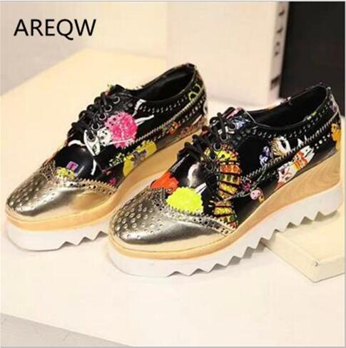 AREQW New Fashion Lace-up Oxford Shoes Woman Square Toe White Printing Flat Platform Casual Shoes Zapatos Mujer new brand black white vintage women footwear lace up casual oxford flat shoes woman british style breathable zapatos mujer