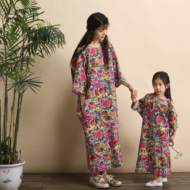 6ec33432ff05 FAMILY 2015 New Fashion Mother and Daughter Dresses, Summer Girls Mummy Family  clothes, Colourful kids long dress print linen