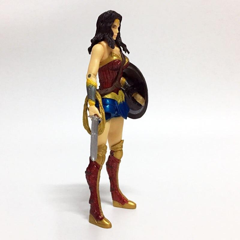 Аниме Рисунок Супергерои Wonder Woman вспышка Бэтмен Зеленый Фонари Аквамен ПВХ рис Коллекционная модель игрушки 17 см