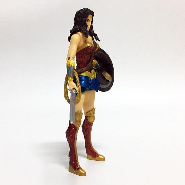 Anime Figure Superheroes Wonder Woman the flash batman Green Lantern Aquaman PVC Figure Collectible Model Toy 17cm