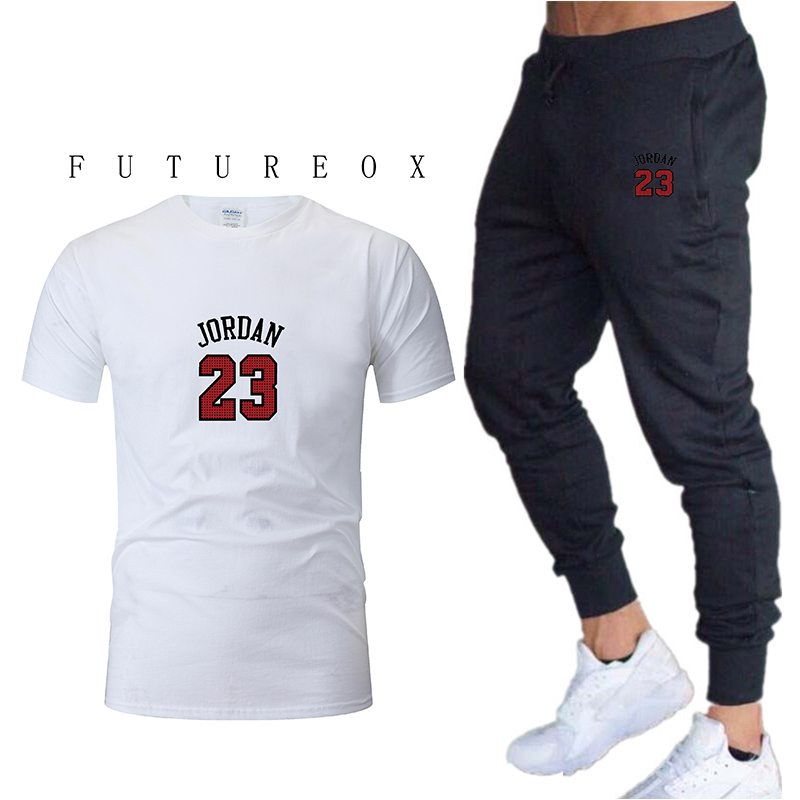 New fashion sports suit mens sportswear T-shirt + pants running clothes sports jogging training gym fitness sports suitNew fashion sports suit mens sportswear T-shirt + pants running clothes sports jogging training gym fitness sports suit