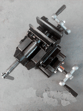 Heavy duty vise precision cross vice parallel-jaw vice cross slide parallel-jaw vice 3 inherent vice