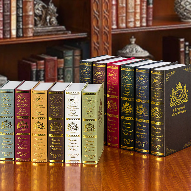 6pc style of the ancient books set bronzing simulation Fake die old bookcase props nostalgic ornaments Book book decoration