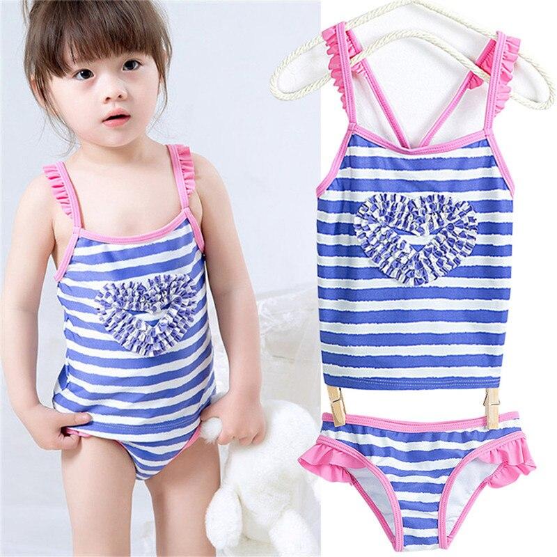 estate neonate vestito di un pezzo costumi da bagno a righe bella cuore della pesca stampato