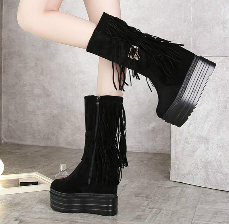 ФОТО Korean fashion plus velvet women boots Loose loaf thick bottom fringed boots snow boots Super high slope with the boots