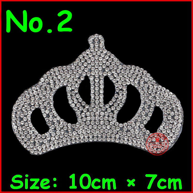 1 հատ / Lot White Crown Hotfix Rhinestones Motif Iron on Crystal Patch DIY Motif Rhinestones For Bride Հարսանյաց զգեստի հագուստ