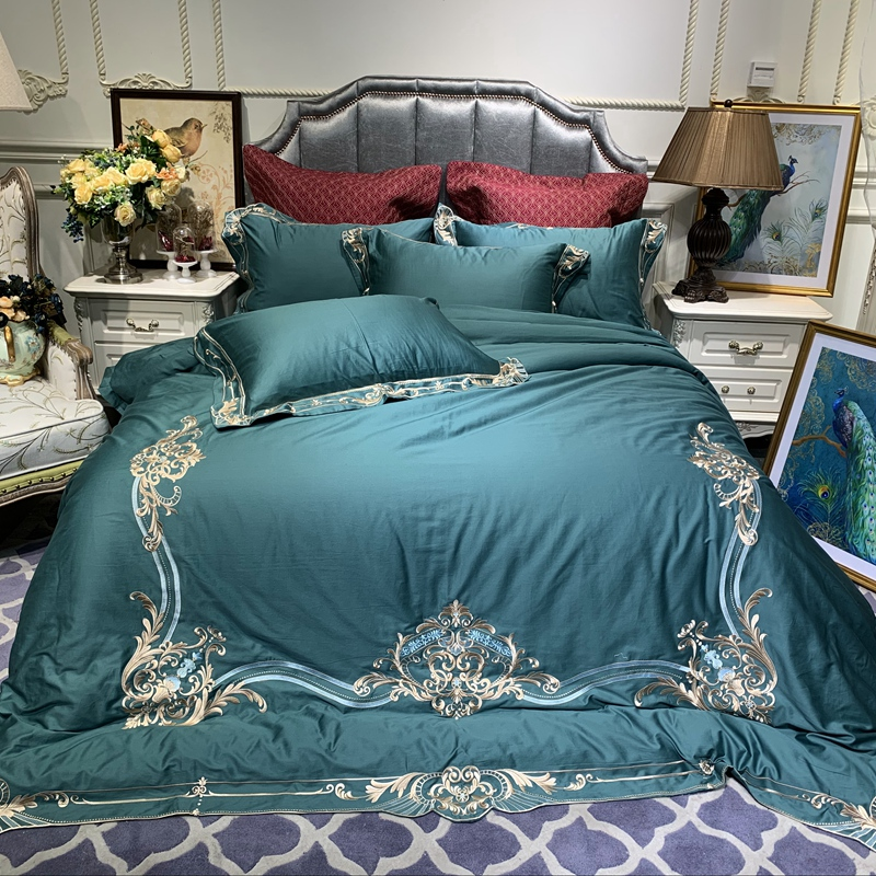 New Luxury Green Pink Purple Red 60S Egyptian Cotton Royal Embroidery Bedding Set Duvet Cover Bed Linen Bed sheet Pillowcases