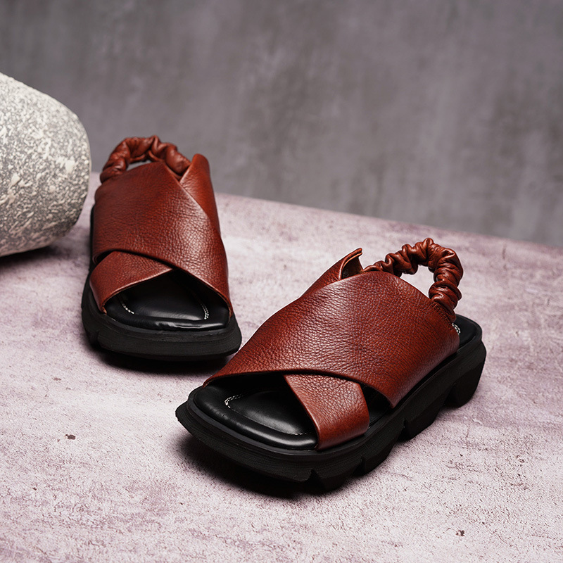 Original 2019 spring and summer new fish mouth platform shoes female leather retro comfortable sandals