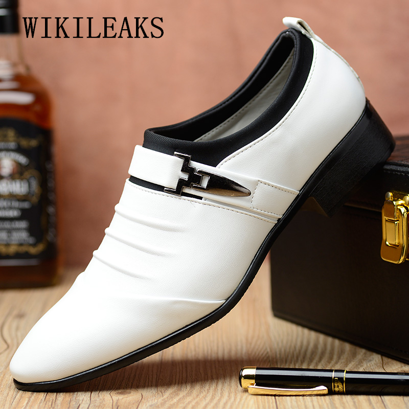 Business Men Shoes Casual Dress Shoes Mans Italian Oxford Designer Shoes Mens Loafers Wedding Pointed Toe Dress Shoes Leather