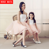 Mother Daughter Matching Dresses Clothes 2017 Spring Sleeveless Vestido Wedding Party Fashion Bows Mom Daughter Ball