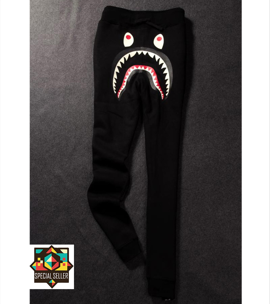 2015 New Men Bape Shark Brand Streetwear Chinos Face and Bones Print Sweat  Pants jogger Casual Slim Fit Fashion outdoor Trousers-in Casual Pants from  Men s ... 9a51ebec1