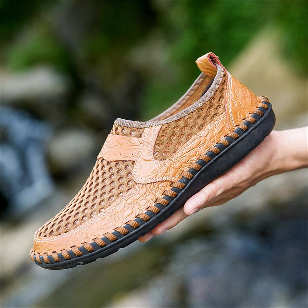 2019 Summer Big Size Men's Net Shoes Sandals Breathable Men Business Casual Shoes Fashion Driver Shoes