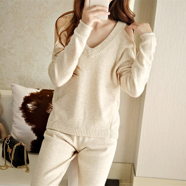 2017 Rushed Winter New Fashion Casual Cashmere Sweater Female Strapless Sexy Loose Knitted Sweater and Trousers Of Women