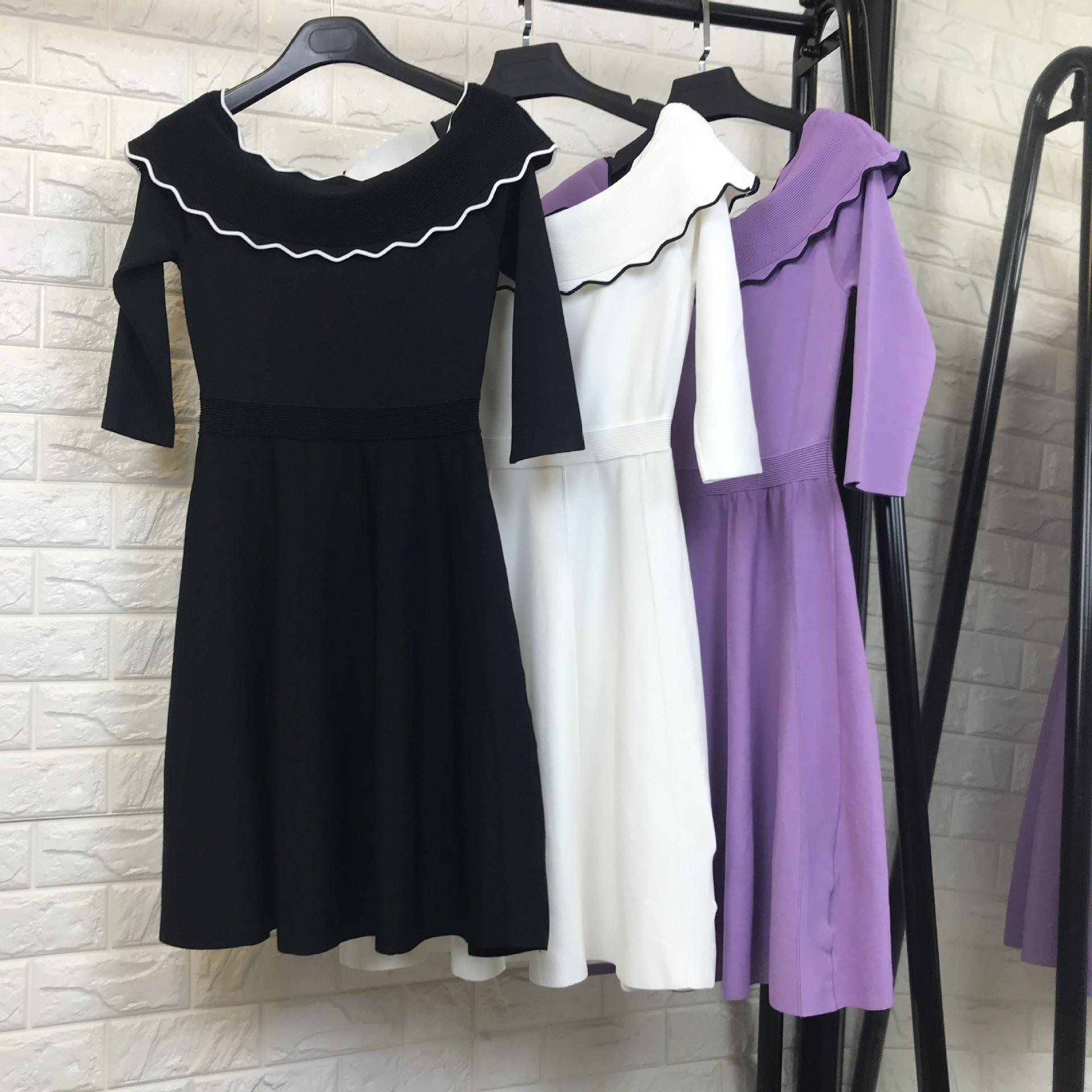 Femmes mode élégant hors de l'épaule sexy tricot pull robe demi manches a-ligne noir blanc violet robes nouveau 2018 automne