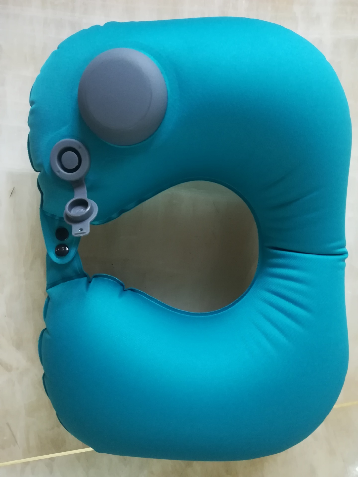 Image 4 - Portable U Shape Inflatable Travel Pillow Car Head Rest Air Cushion for Travel Office Nap Head Rest Air Cushion Neck Pillow-in Camping Mat from Sports & Entertainment
