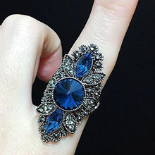 2019 New Arrival Unique Vintage Jewelry Blue Crystal Big Ring For Women Ancient Silver Color Punk Female Party Gift