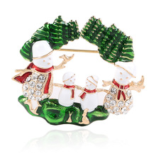 CINDY XIANG Cute Family portrait Snowman Brooches For Women Creative Paint Christmas Pins Coat Sweater Dress Accessories Jewelry