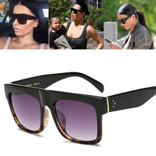 WarBLade 2018 Nova Marca de Moda de Luxo Designer Kim Kardashian Óculos De Sol  Mulheres Retro Shades Óculos de Sol Homens Gafas . 28b23d2bf9
