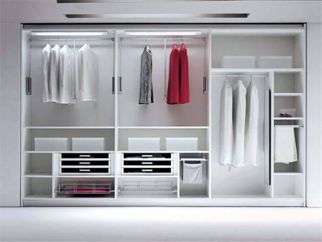 I Shape Walk In Closet Design In Wardrobes From Furniture