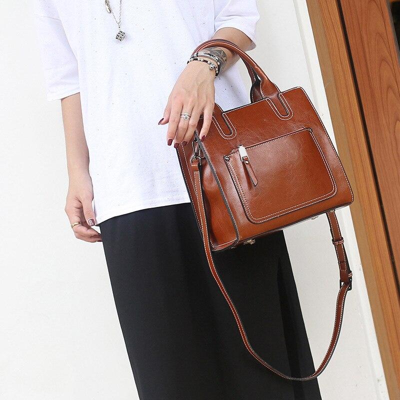 Zency duża pojemność kobiety torebka na ramię 100% prawdziwej skóry w stylu Vintage Lady torby listonoszki tornister czarny brązowy w Torby z uchwytem od Bagaże i torby na  Grupa 2