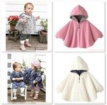 Płaszcze dla dzieci dziewczyny bluzy odzież wierzchnia bluzy z polaru płaszcz dziecięcy Poncho 1 sztuk/partia Cape