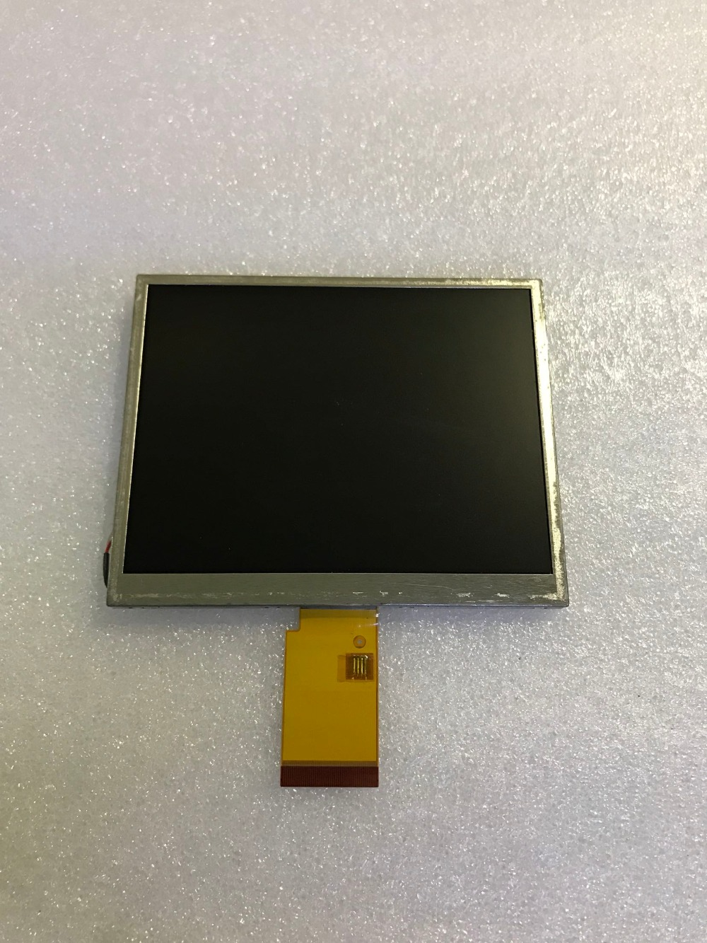 free shipping Original New 5.7 inch LCD screen Model: LQ057AC213 free shipping original new 7 inch lcd screen model lq070t3gg04