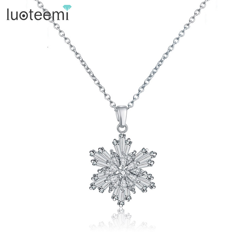 LUOTEEMI Brand White Gold-Color Cubic Zirconia Flower Clavicle Pendant & Necklace For Women Accessories Fashion Evening Jewelry