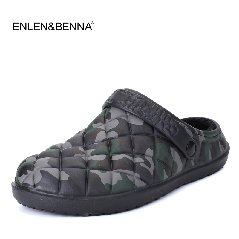 Winter Men Sandals 2018 Men Beach Shoes Camouflage Slippers plush Warm Flip Flop Plush Garden Sandals Clogs Outside waterproof