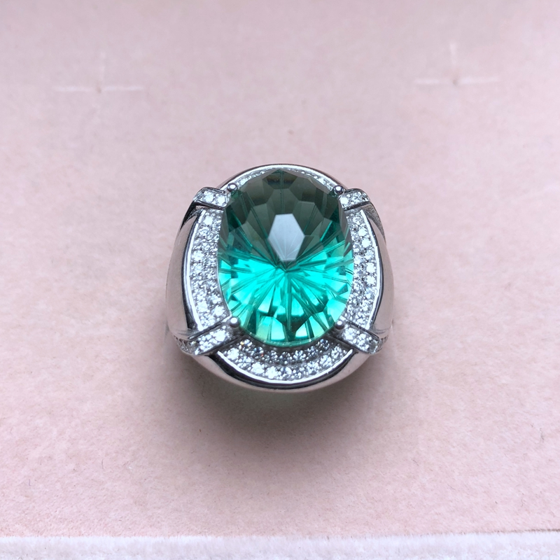 Atmospheric men s ring natural green crystal authentic color good quality 925 silver