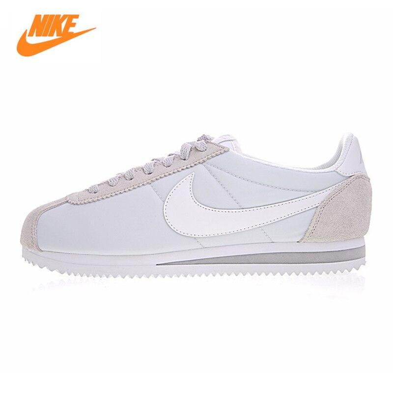 Nike CLÁSSICO CORTEZ NYLON das Mulheres Running Shoes, Tênis Ao Ar Livre Sapatos, Cinza claro, Leve respirável 749864 010