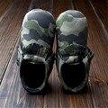 Camuflaje del leopardo del muchacho del bebé de cuero de la PU del Prewalker del niño recién nacido mocasín zapatos inferiores suaves primeros caminante para el bebé