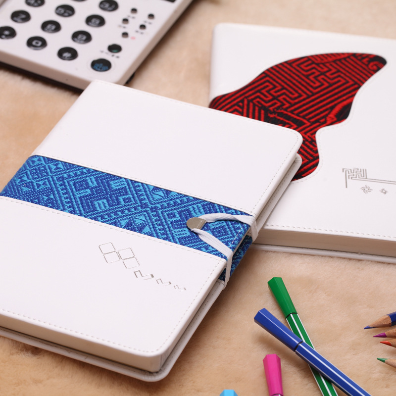 все цены на A5 Retro PU Coverbook Thickening Notepad Office School Supplies Conference Book Notebook Stationery онлайн