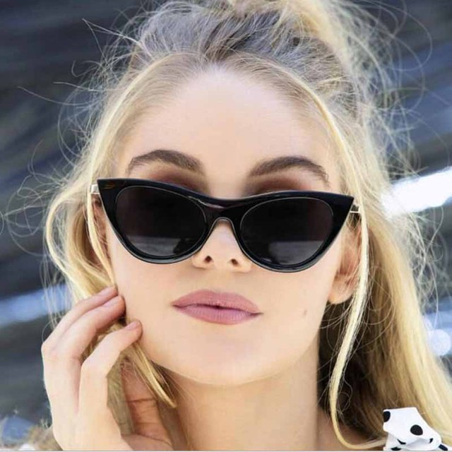 fab10a0f9e FEISHINI Hot Beautiful Elegant Gradient Vintage Cat Eye Sunglasses Women  Brand Star Fashion Luxury Sexy Red